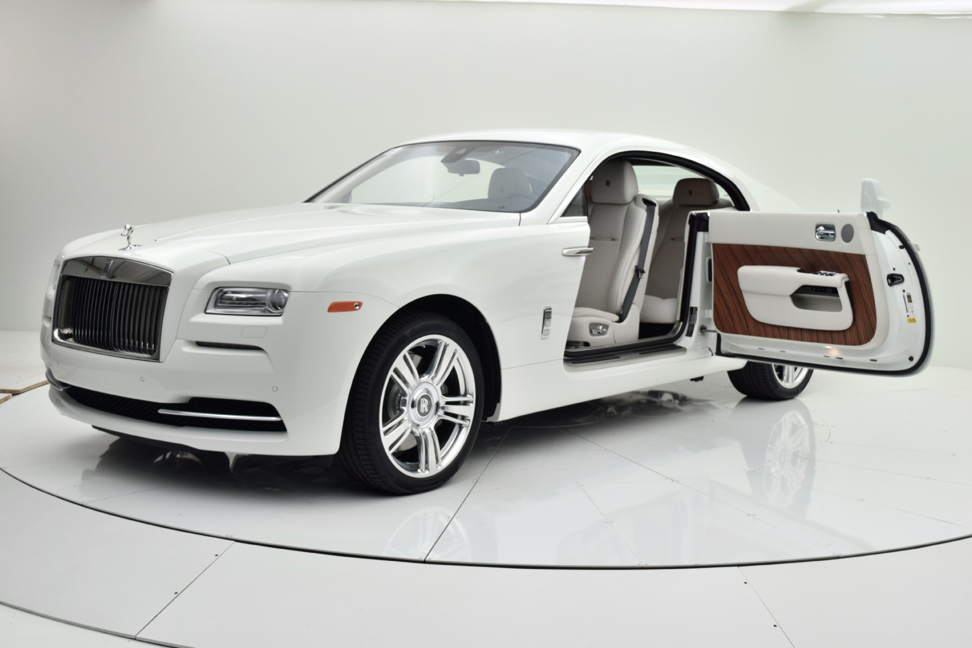 pricing strategy of rolls royce Check out new rolls-royce models find pricing, mpg, and ratings cars for sale  fees or financing coststherefore,two cars with the same price may vary in how much they will cost over time.